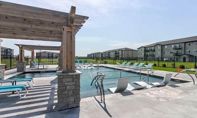 Pool, Fremont Commons, 2