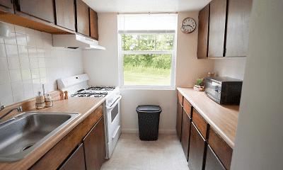 Kitchen, Vairo Village Apartments, 2