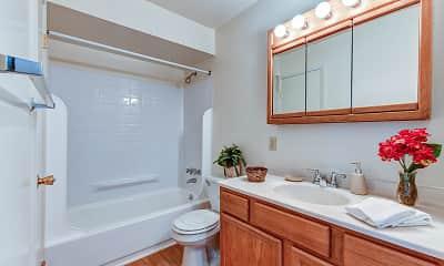 Bathroom, Robin Hill Apartments, 2
