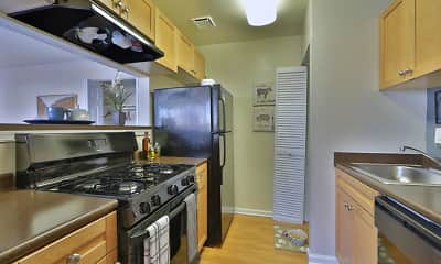 Kitchen, Parke Laurel Apartment Homes, 0