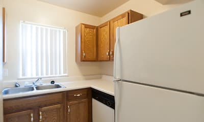 Kitchen, River Pointe Townhomes, 2