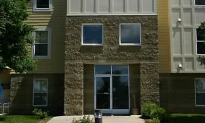 Building, Maple Trails Apartments, 0