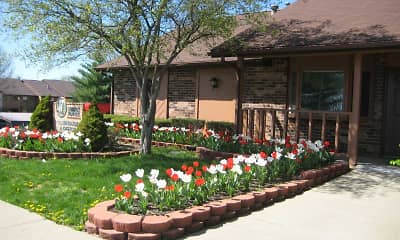 Landscaping, Summit Pointe Apartments, 1
