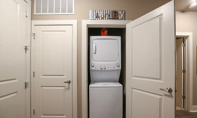 Bathroom, Douglas Heights - Per Bed Lease, 2