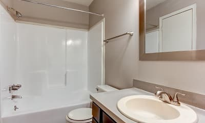 Bathroom, Chester Place Apartments and Townhomes, 2