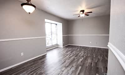 Dining Room, Highland Hills Apartments, 1