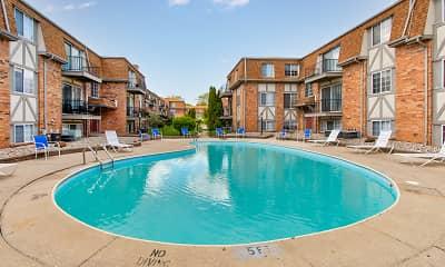 Pool, Chateau Monroe, 1