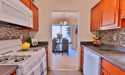 Kitchen, Briarwood Place Apartment Homes, 2