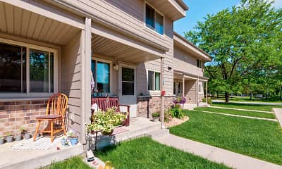Patio / Deck, Woodview Apartments And Townhomes, 1