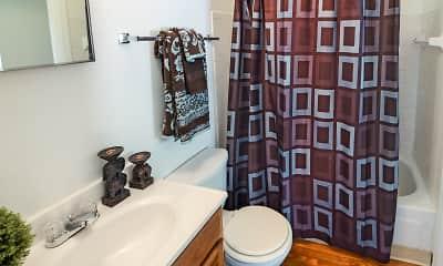 Bathroom, The Lakes at Ridgeway, 2