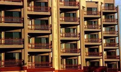 Building, 100 North Main Apartment Homes, 1