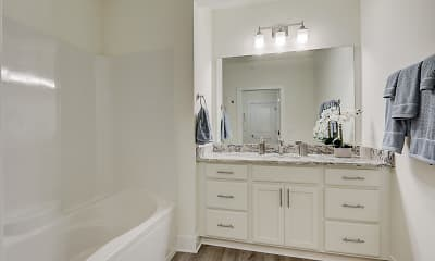 Bathroom, The View at Towne Center Luxury Apartments, 2