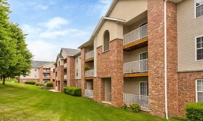 Building, Quail Creek Apartments, 1