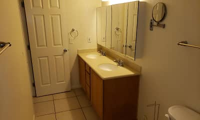 Bathroom, Desert Lakes, 2