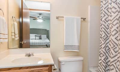 Bathroom, Pebblebrook Apartments And Townhomes, 2