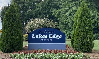 Community Signage, Lakes Edge Apartments, 0
