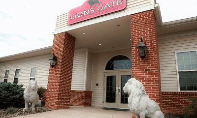 Lions Gate Apartments, 0