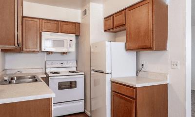 Kitchen, Crossings at Lakewood, 2