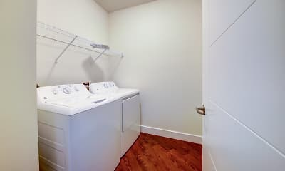 Bathroom, Vanguard Heights, 2