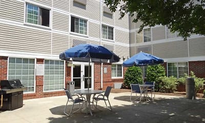 Recreation Area, Furnished Studio - Raleigh - Northeast, 2