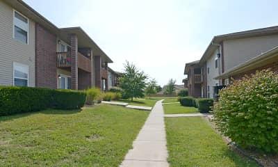 Building, Pinewood Park Apartments, 0