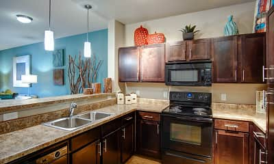 Kitchen, Highpointe Park Apartments, 0