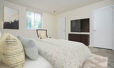 Bedroom, Quail Hollow Apartment Homes, 1