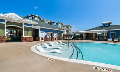 Pool, Hawthorne at Simpsonville, 1