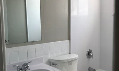 Bathroom, Carrollton Village, 2