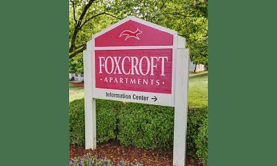 Community Signage, Foxcroft Apartments, 0
