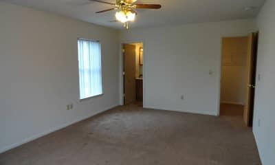 Lincoln Ridge Apartments, 2