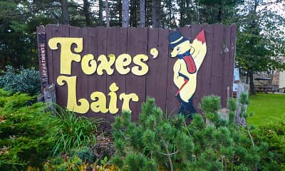 Community Signage, Foxes Lair Apartments, 1