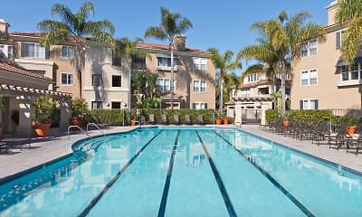 Pool, Santa Clara, 1