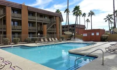 Pool, Bellridge, 0