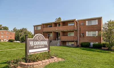 Community Signage, Meadowbrook Apartments, 0