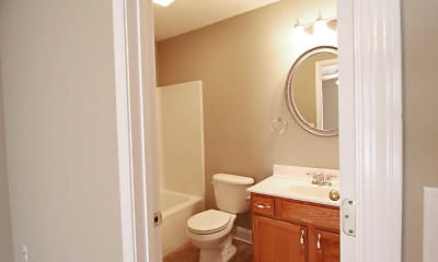 Bathroom, Swadley Park and Creekside Village Apartments, 2