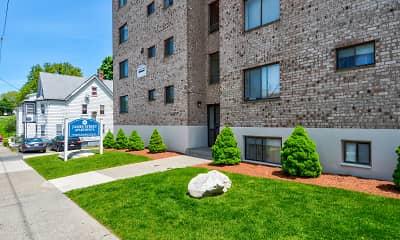 Building, Parkwood Drive Apartments, 0