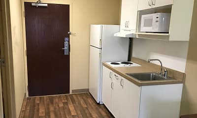 Kitchen, Furnished Studio - Detroit - Farmington Hills, 1