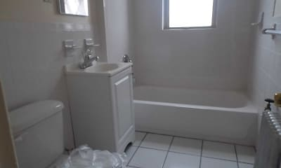 Bathroom, 831 Chancellor Ave, 2
