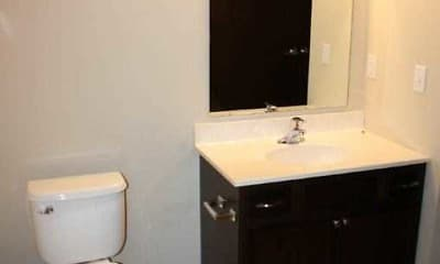 Bathroom, Watertown Park Apartments, 2