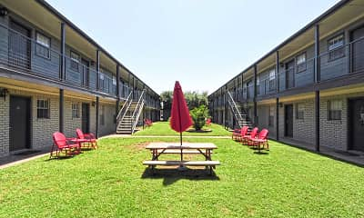 Courtyard, Eastgate Student Living, 1