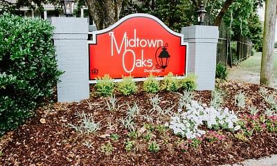 Midtown Oaks, 2