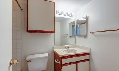 Bathroom, Arbor Mill, 2