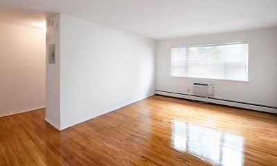Living Room, Magnolia Gardens, 2