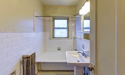 Bathroom, Salutaris Court, 2