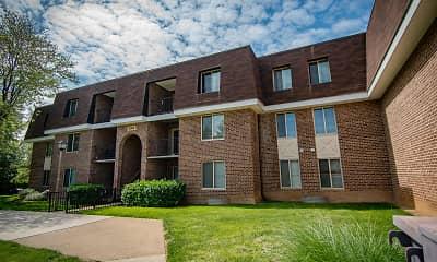 Building, Oakton Park Apartments, 2