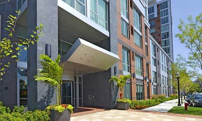 Building, RiverTrace at Port Imperial, 2