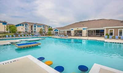 Pool, The Hudson - Per Bed Lease, 2