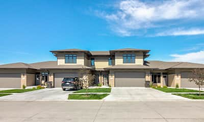 Building, Summit Falls Apartments &Townhomes, 1