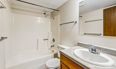 Bathroom, Irvine Park Towers, 2